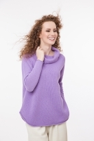 High neck jumper with reglan sleeves and rounded edges
