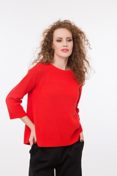 Round neck pullover with ribbons on the back