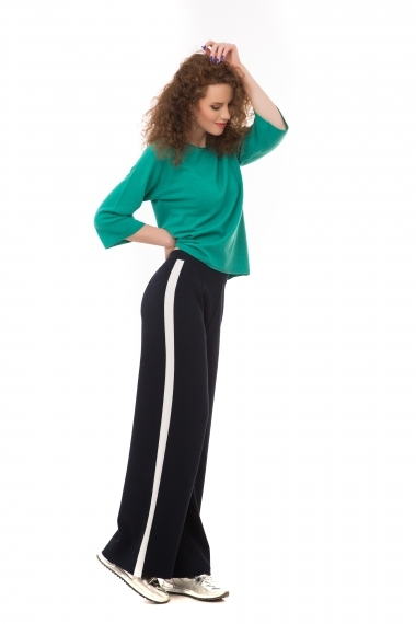 Knitted viscose trousers