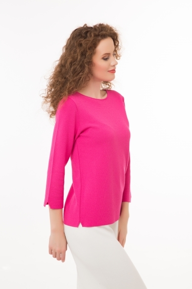 Pullover with 3/4 sleeves