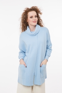 Round neck cardigan with 3/4 sleeves